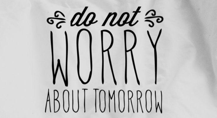 """#Podcast Ti senti preoccupato, ansioso? Il #futuro ti fa paura? Credi che non sia possibile guardare al domani con #fiducia? Nella #Bibbia leggiamo:  """"Non siate dunque in ansia per il domani, perché il domani si preoccuperà di se stesso. Basta a ciascun giorno il suo affanno"""". (Matteo 6:34)  Sei pronto ad abbandonare le tue preoccupazioni e a dare piena fiducia a #Dio?  Clicca sul link per ascoltare una riflessione su questo tema."""