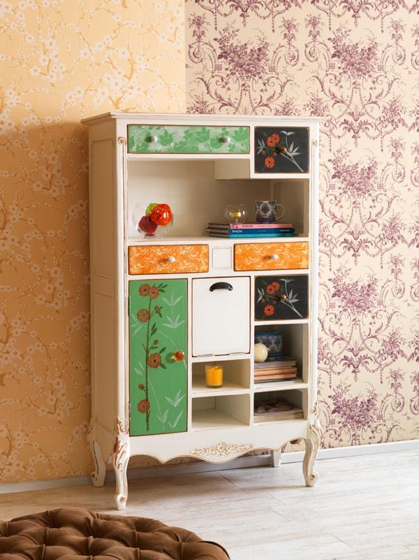 Mueble vintage de colores, Bazar de la Fortuna