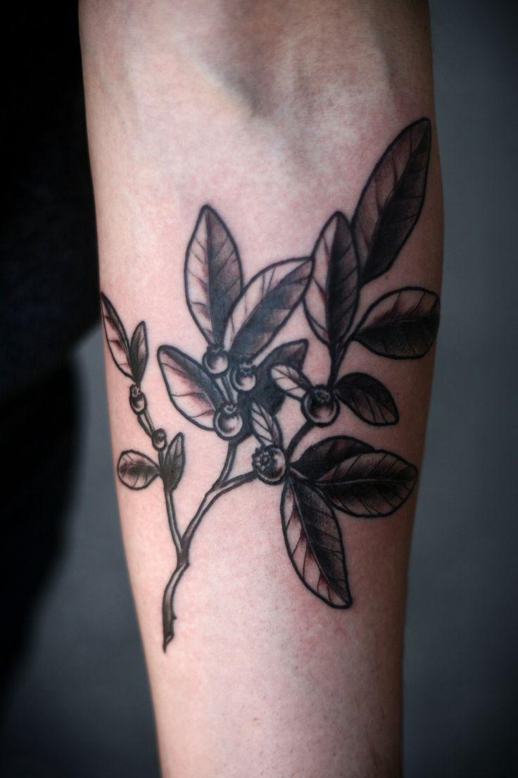 alice carrier huckleberry sprig on will thank you monochrome inked skin pinterest. Black Bedroom Furniture Sets. Home Design Ideas