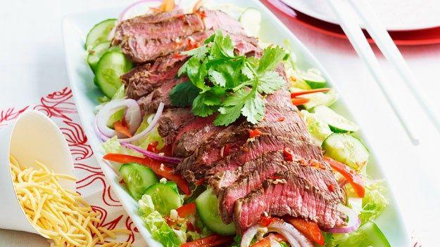 Beef and crispy noodle salad