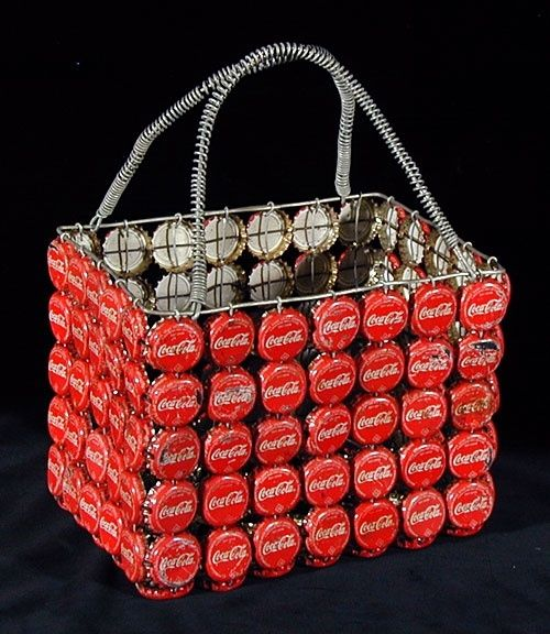 """Reminds me of all of the Coca-Cola themed items we have on http://picnicuniverse.com Check it out! :) """"Coca cola basket crafts"""""""