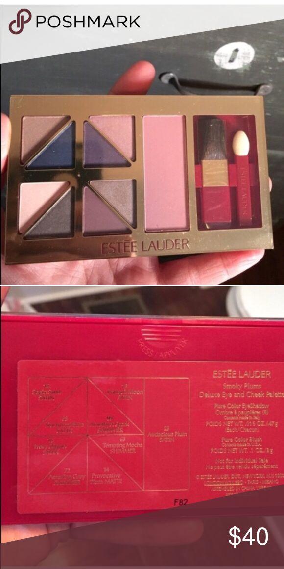 Estée Lauder make up palette eyeshadows/blush NWT Estée Lauder make up palette eyeshadows and blush NWT -still has plastic cover Estee Lauder Makeup