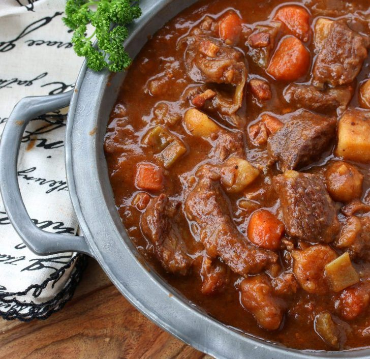 Traditional Irish Beef And Guinness Stew Recipe Guinness Stew Irish Beef Pub Food