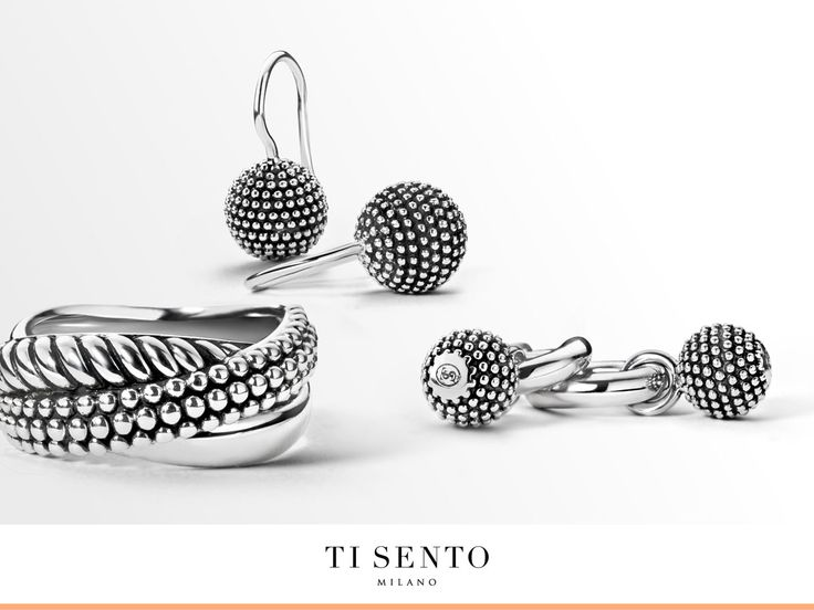 Structures are one of the most popular items of the TI SENTO collection. They are timeless and easy to combine. Do you see yourself wearing a structured jewellery piece?