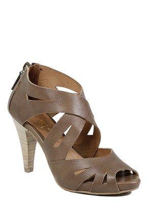 Dámske sandále, taupe - Made In | Stilago