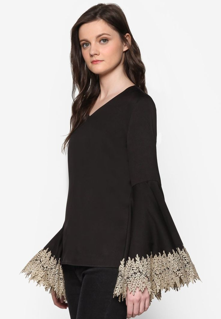 Lace Trim Flare Sleeve Top_2