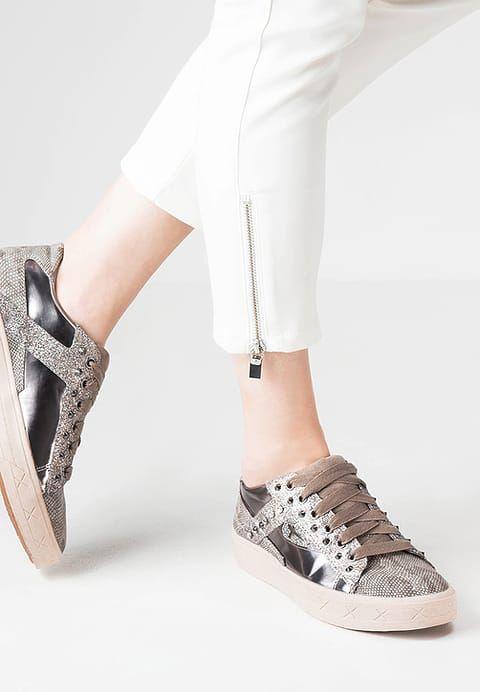 Mit diesen Sneakern wird es rockig! Tamaris Sneaker low - pepper comb für 59,95 € (29.12.16) versandkostenfrei bei Zalando bestellen.