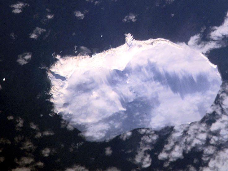 Bouvet aerial photo - Île Bouvet — Wikipédia