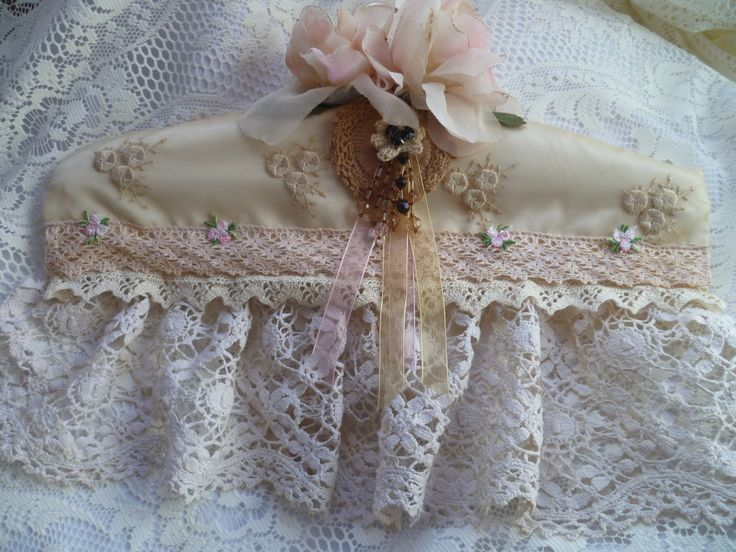 Padded lace hanger
