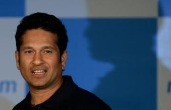 Cricket legend Tendulkar receives India's top award