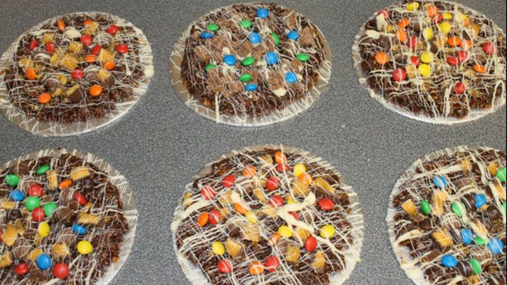 Chocolate pizza's