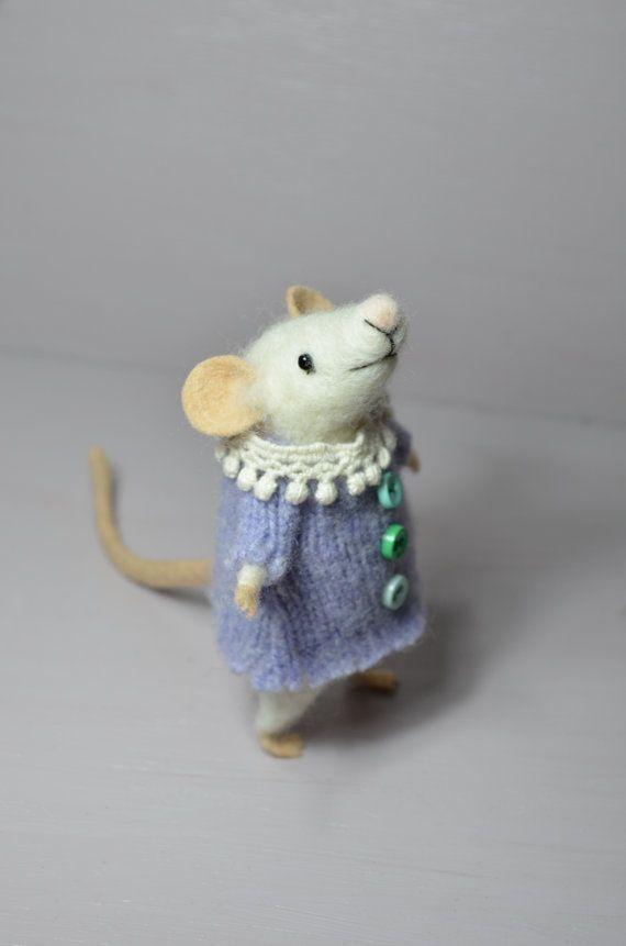 Cocket Little Mouse - unique - needle felted ornament animal, felting dreams by johana molina