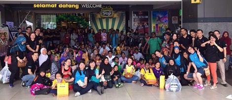 SAP, NTT Data volunteers treat KL children