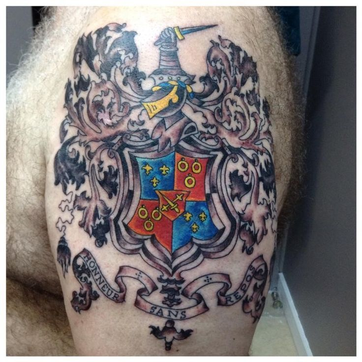 Best 25 family crest tattoo ideas on pinterest family for Family motto tattoos