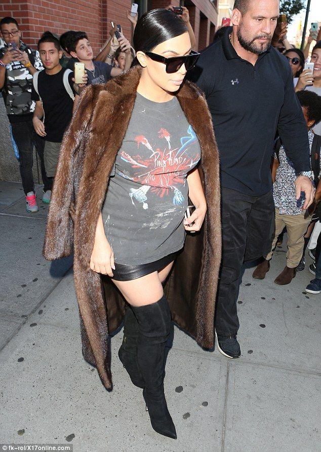 1000 bilder zu kardashian auf pinterest kim kardashian - Enge kleider ...