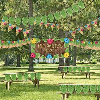 b1268d669768ff9f1ca96642b313aa52--hawaiian-luau-party-jungle-party Luau Backyard Party Decorating Ideas on football backyard party decorating ideas, luau backyard wedding ideas, vintage backyard party decorating ideas, summer backyard party decorating ideas,