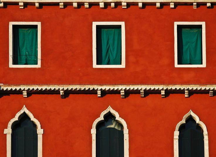 A beautiful shot from Venice!  #Abimis #kitchen #design #architecture #architecturlovers #designforlife #lovedesign #food #lovefood #inspiration #mood