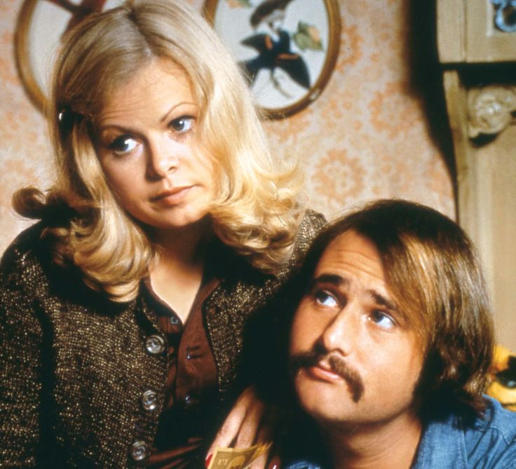 Actress Sally Struthers turns 67 today. She was born 7-28 in 1947. She's is best known as her role of Gloria Stivic on 70s hit TV show All in the Family for which she won 2 Emmy awards.