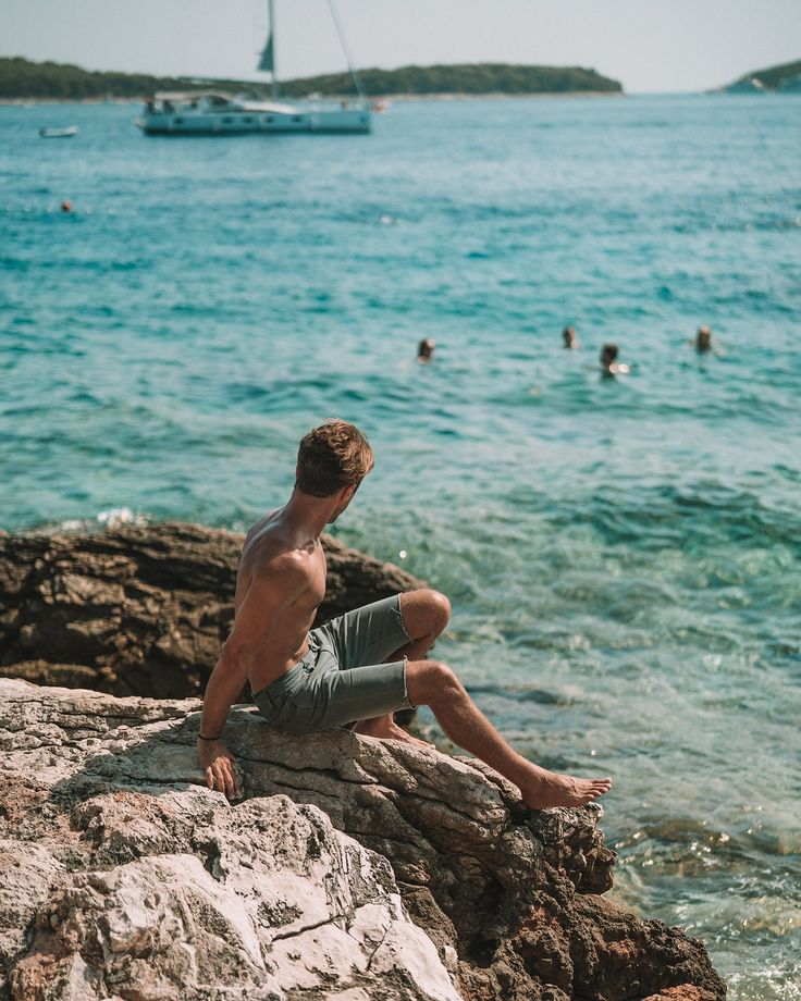 How to Cruise Through Croatia Like a Boss - The Sailing Croatia Travel Guide ------------------------------------------ Tips and tricks on how to have the best week of your summer - where to party, what to do,  and what to watch out for.  - Away Lands ------------------------------------------ #croatia #travelguide #dubrovnik #split #hvar #korcula #mljet