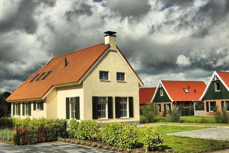 Te huur: 6 pers. vakantiehuis in Vlagtwedde, gelegen op vakantiepark.