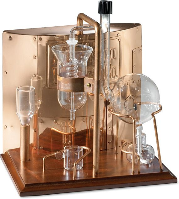the Missisipi Distiller ($200) isn't some shoddy backwoods attempt to make money by selling moonshine machines, but rather a way to extract fragrant oils for use in colognes and perfumes