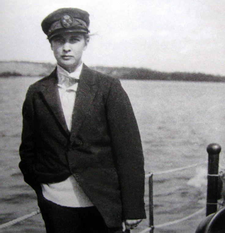 Annemarie Schwarzenbach, Swiss writer & traveller, 1930's