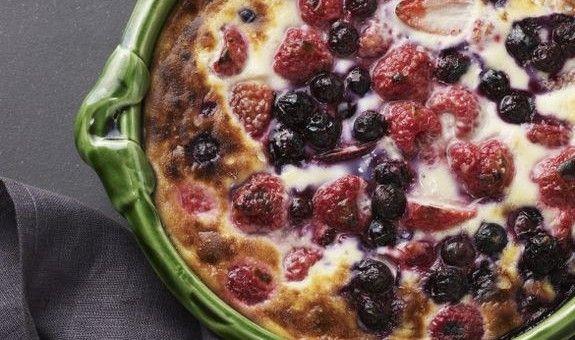 Berries with Caramelised Cream