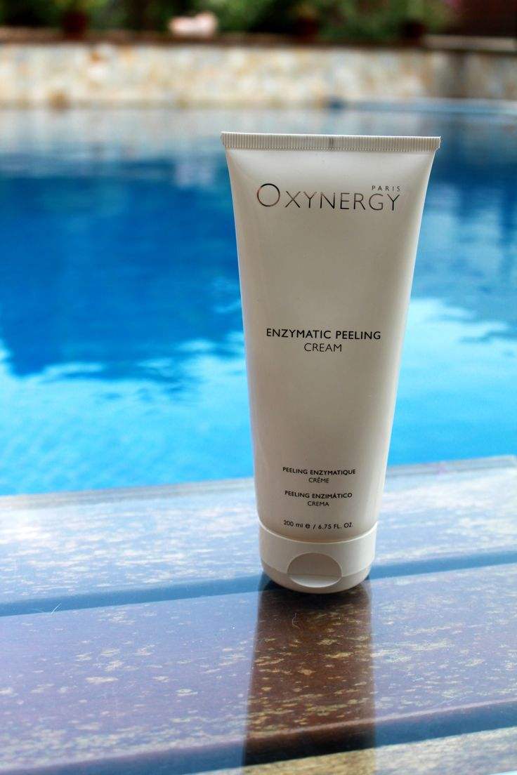 Enzymatic peeling cream