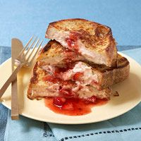 Stuffed French Toast, only 300 calories: Strawberries Stuffed, Fit Magazines, Fitness Magazine, Strawberries Cream Cheese, Healthy Breakfast, French Toast Recipes, Stuffed French Toast, Frenchtoast, 300 Calories