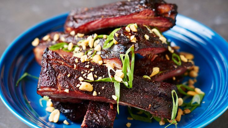 The simplest dishes are the hardest to get right, and barbecue ribs are no exception That is why the chef Joseph Lenn, of J.C Holdway in Knoxville, Tenn., always quick-cures the ribs with an overnight rub of salt, black pepper and brown sugar