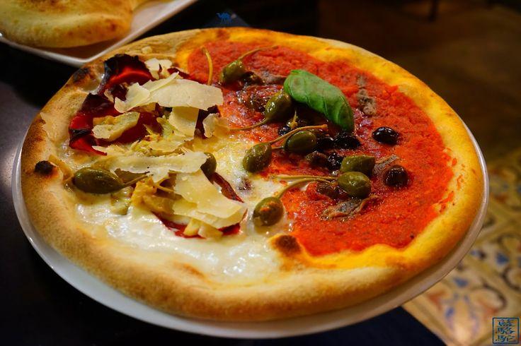NOUVEL ARTICLE SUR LE BLOG ! Aujourd'hui, nous levons le voile sur une petite habitude  que nous avons :-) Pour cela, il suffit de mettre les voiles vers  … Grazie Italia …  Belle adresse que nous vous proposons là!  #Adresse #restaurant #italien #paris #burrata #focaccia #pizza #pizzeria #vin #barbera #piemont #caviar #75006 #vavin #montparnasse #food #foodporn #foodie #france #italian