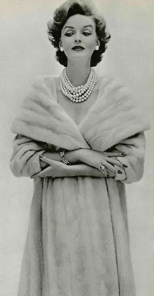 1958,  Fashion