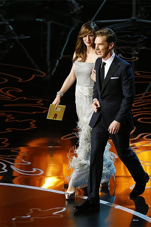 ve neill oscars. annual academy awards (march ~ benedict cumberbatch \u0026 jennifer garner walk on stage as oscar presenters. ve neill oscars a