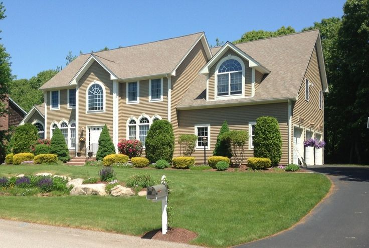 Home For Sale Spring 2015 South Kingstown Ri Pristine 4 Bedroom 2 5 Bath Colonial Home In