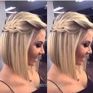 8 Stunning Braided Bridesmaid Hair Ideas – Alyce Paris News, Celebrity Fashion, Prom News, Humor, Videos  Medio recogido mitad hacia abajo de la trenza de pelo dama de honor  http://www.tophaircuts.us/2017/06/13/8-stunning-braided-bridesmaid-hair-ideas-alyce-paris-news-celebrity-fashion-prom-news-humor-videos/