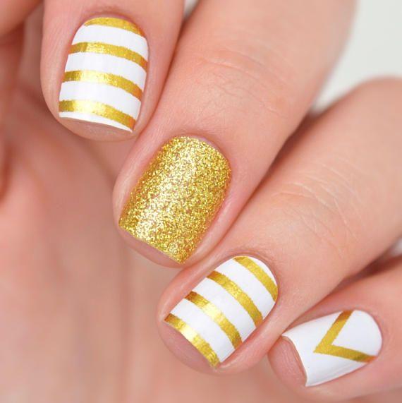 Queen white and metallic gold Nail Polish Wraps #affiliate