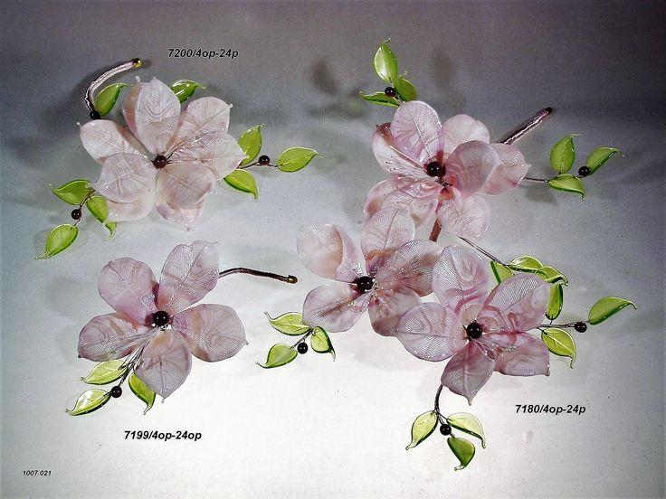 composizioni varie di fiori in vetro di murano