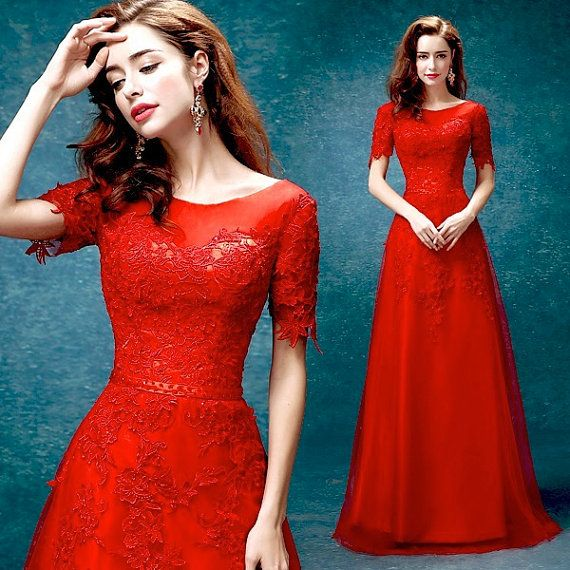 Robes de mariée dentelle long rouge / Red Prom par PhoebeDressShop