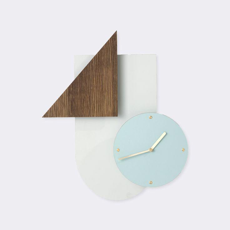 Wall Wonder Clock