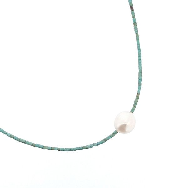 The Brigitte - Turquoise : Boho chic at it's best. Our classic single pearl necklace featuring white Freshwater Pearl and Turquoise is it. Sterling silver fish clasp. Boho jewelry, boho luxe, boho necklace, pearl jewelry