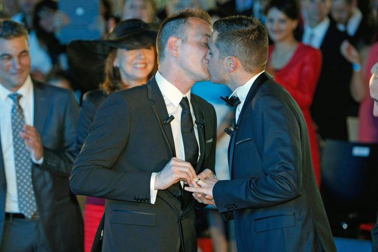Nozze gay, per la prima volta oltre la metà degli italiani dice sì
