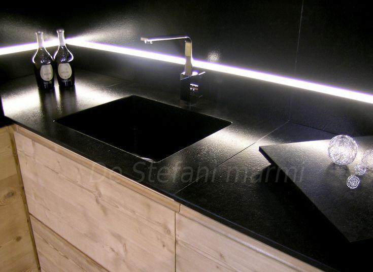 cucina ciliegio piano granito scuro - Cerca con Google