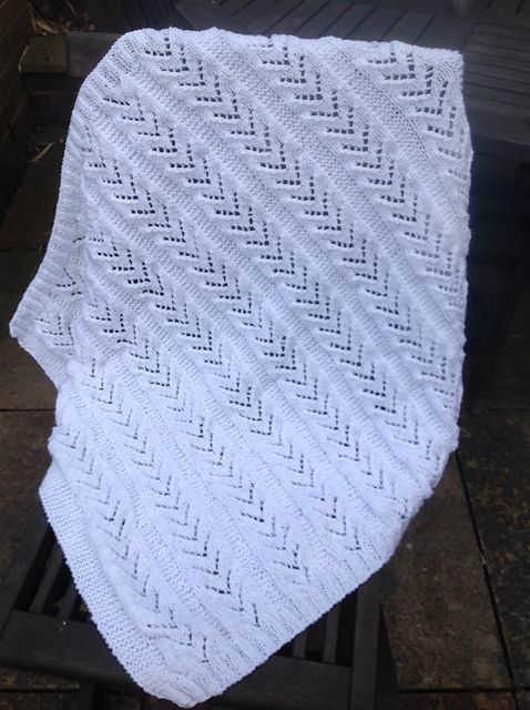 Ravelry: MotherBrown's Dawns white blanket
