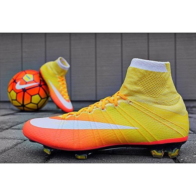 Nike Radiant Reveal Mercurial Superfly IV for women!