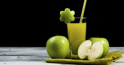 3 bebidas verdes para quemar grasa, intentare el de nopal, apio, piña, toronja y miel
