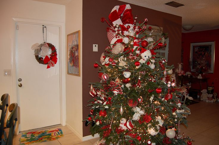 17+ Best Images About Christmas Decor Red White Ornaments