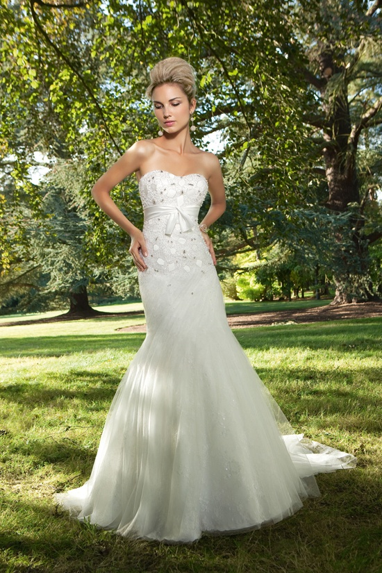 48 best Fishtail Wedding Dresses images on Pinterest | Short wedding ...