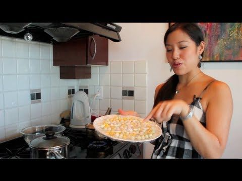 """Bua Loy"" Rice Balls in Sweet Coconut Milk Recipe & Video"