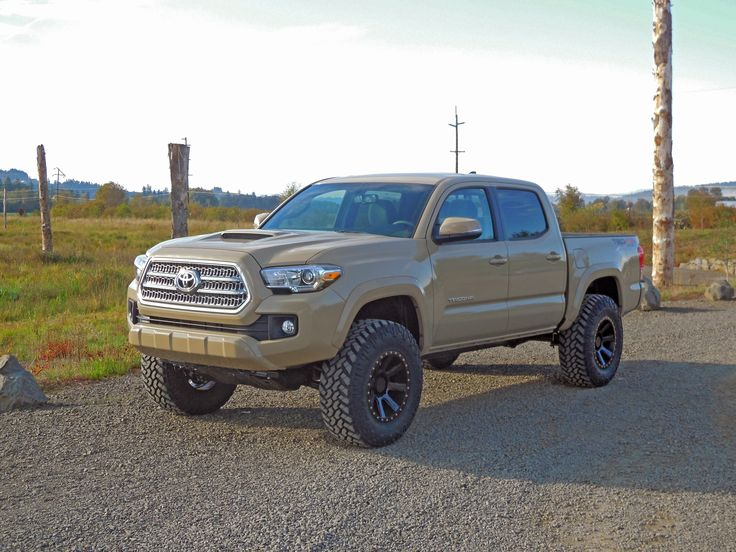 Toyota Tacoma on Type M16 | Mamba Offroad Wheels