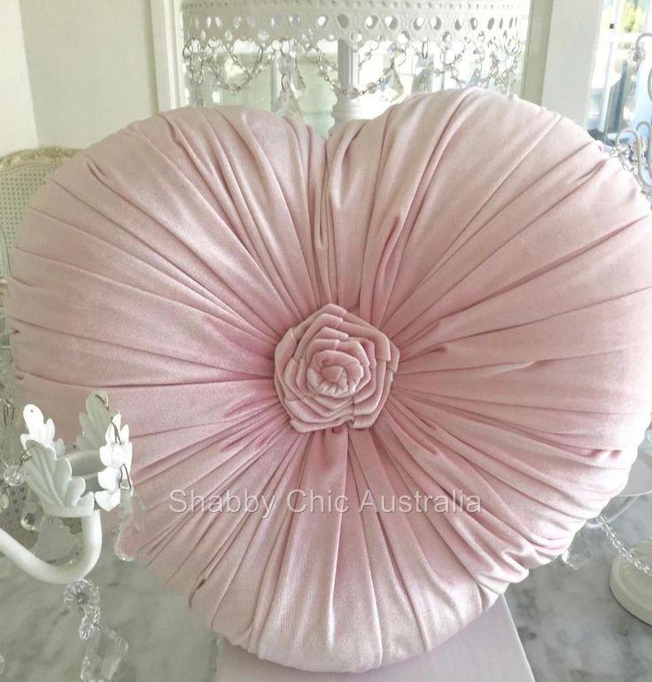 Girl s Pretty Pink Hamptons Velvet Heart Rose Plush Cushion Toss Bed Sofa Pillow